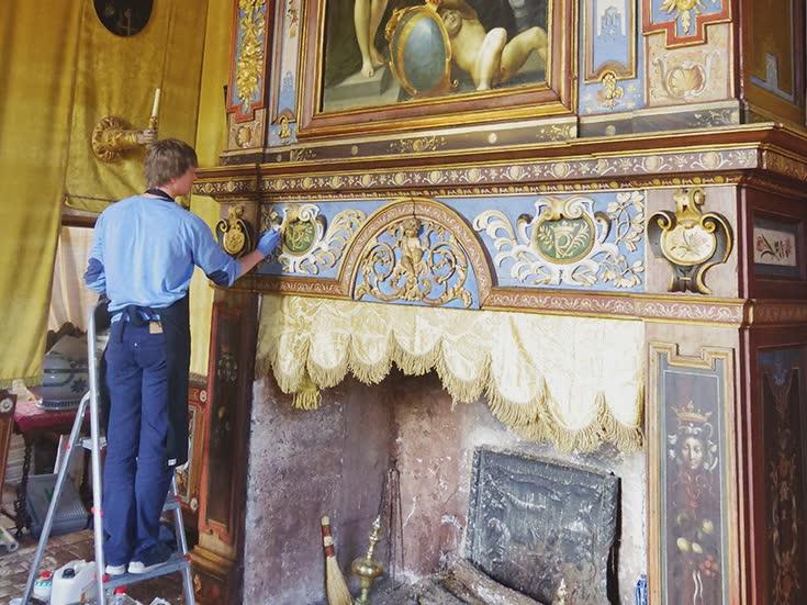 Restauration de peintures murales atelier bis for Peintures murales